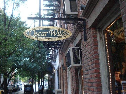 Oscar Wilde sign